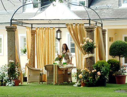 Gartendekor und -möbel